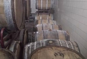bier rijpend op vat bij Brouwerij Oersoep
