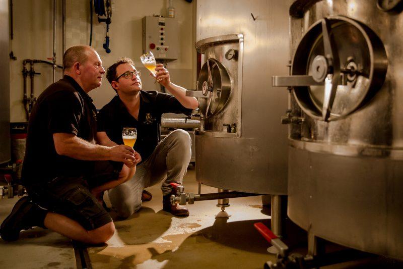 Vader en zoon Gammage van de Bronckhorster Brewing Company