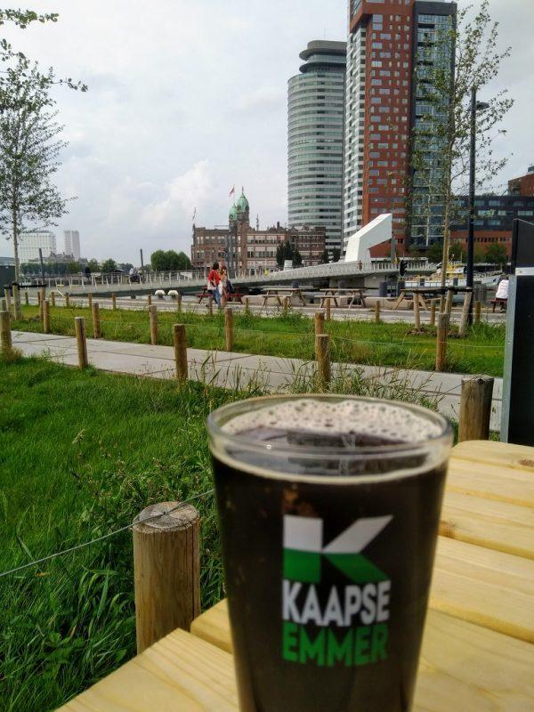 Uitzicht vanaf het terras van Fenix Food Factory in Rotterdam
