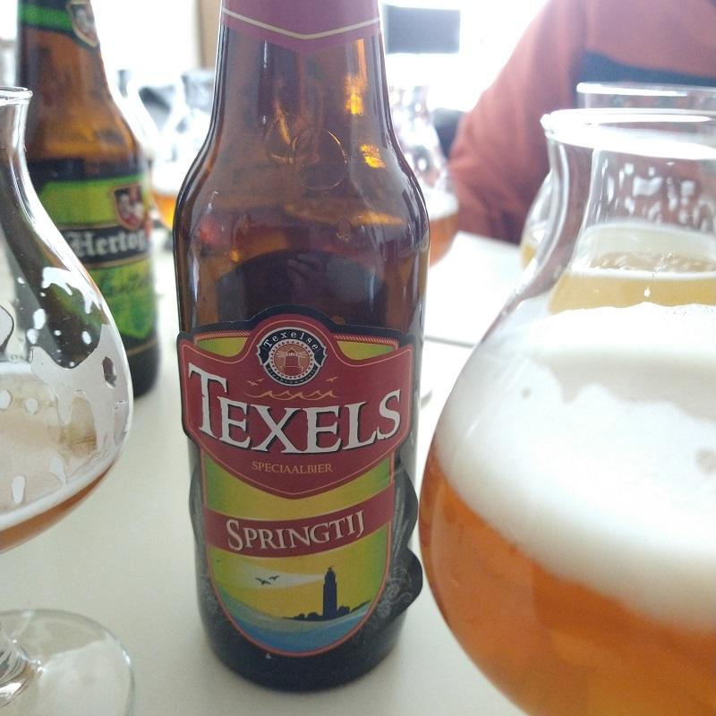het lentebier Texels Springtij is voorbeeldig om te zien